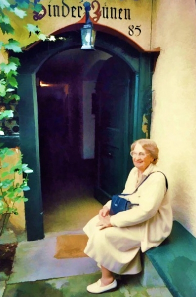 Dora Kalff in front of her house in Zollikon